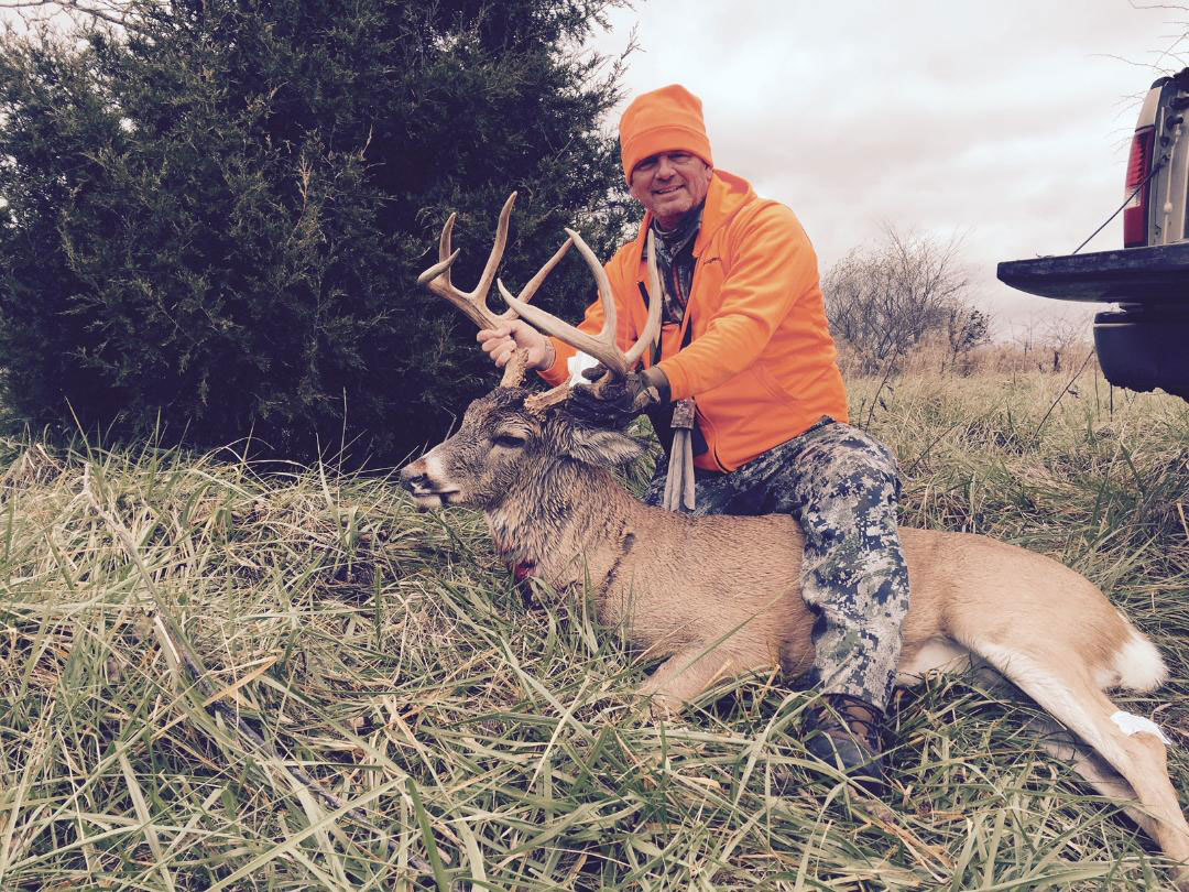 Jerry Fitzgerald's 2015 Illinois Buck